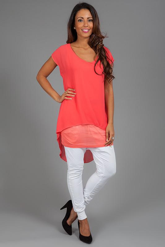 804f0331597 Что такое туника — определение этого вида женской одежды